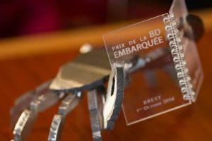 Le trophée de la BD embarquée est l'un des fameux crabe de l'artiste Jérôme Durand.